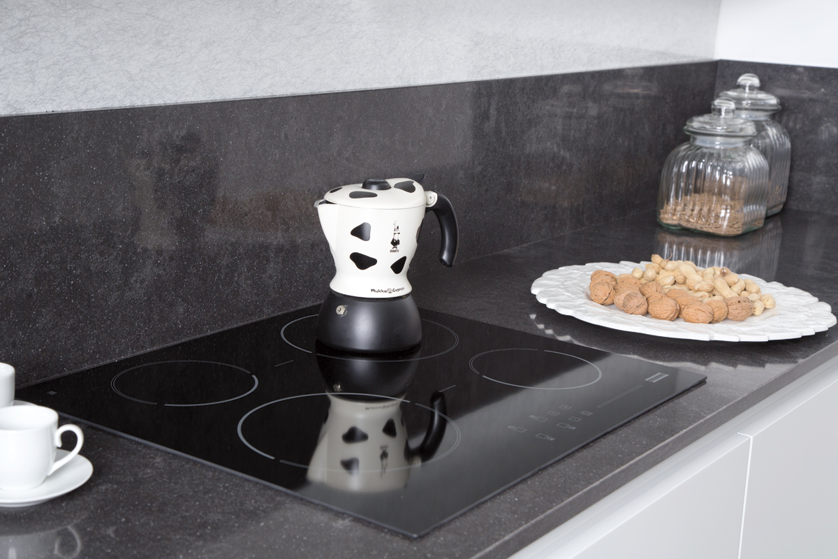 Vasche docce moderne for Piani di garage moderni