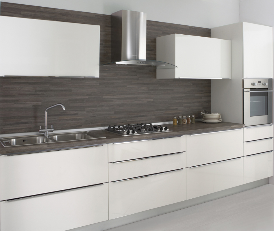 Cucine moderne brescia cucine con isola - Cucine nere lucide ...